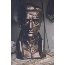 Escultura de bronce busto de Artigas