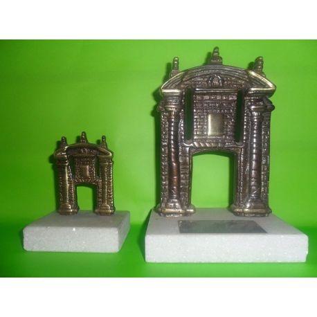 Esculturas de bronce Puerta de la Ciudadela sobre marmol 8 y 15 cm