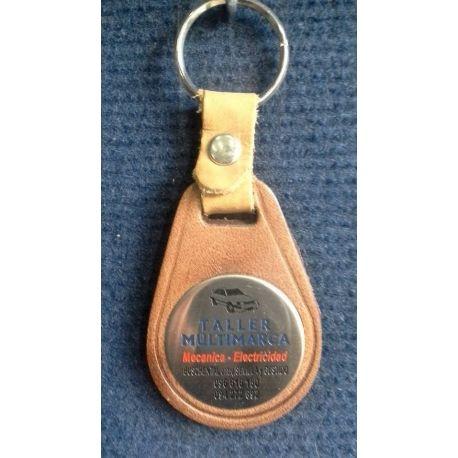 Llavero Nº 2 en cuero ovalado con chapa de acero